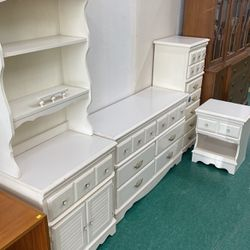 Vintage SEARS Homestead Princess Bedroom Set for Sale in Lake Forest Park,  WA