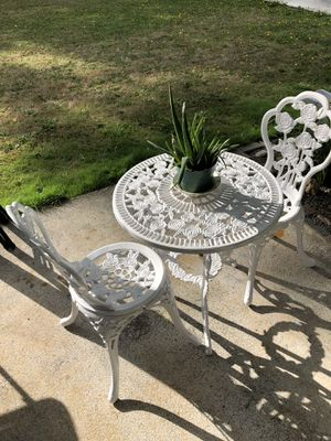 Cast iron antique patio set for Sale in Vancouver, WA