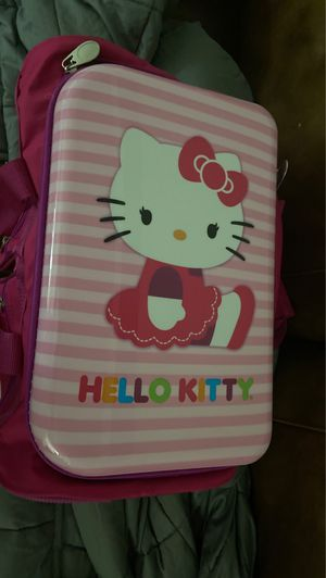 Hello Kitty Suitcase for Sale in Cleveland Heights, OH