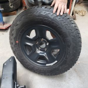 Brand new tires off 2019 jeep for Sale in Spring Hill, FL