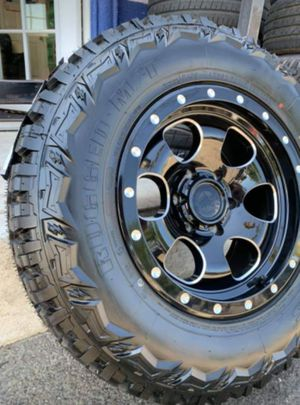 """Off-road Wheel & Tire package 17"""" Outlaw wheels + 265/70R17 MT Wheels and tires only $899 for Sale in Westminster, CA"""
