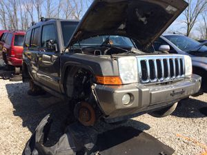 2006 keep commander for parts (hemi) for Sale in Columbus, OH