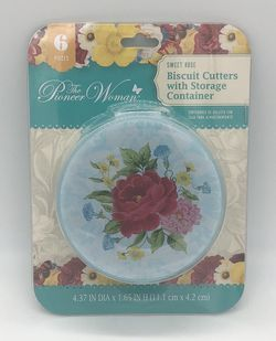 Pioneer Woman Sweet Rose 6 Piece Biscuit Cutters with Storage Container NEW for Sale in Covington,  KY