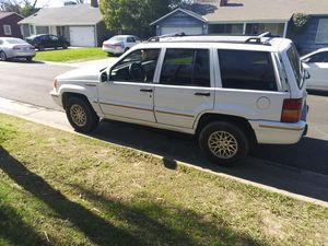 1995 jeep grand Cherokee limited for Sale in Sacramento, CA