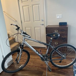 Bike Trek 200 Aluminum 26x for Sale in Parkland, WA