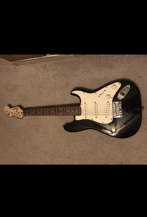 Mini electric guitar with case and amp. for Sale in Glendale, AZ