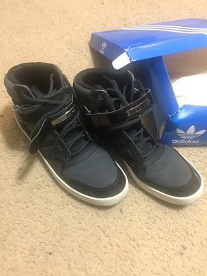 Adidas Shoes - Men 13 for Sale in Mesquite, TX