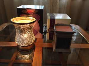 2 Used Scentsy Wax Warmers for Free for Sale in Joliet, IL