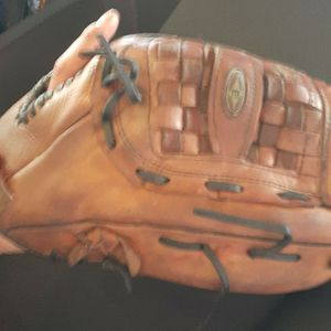 "13"" Ball Glove for Sale in San Diego, CA"