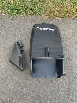 Troy built lawnmower bag (Brand new) for Sale in South Windsor, CT