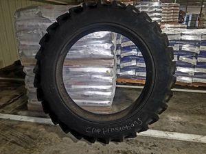 Firestone tractor tire. 320/90R 42. Brand New for Sale in Yadkinville, NC
