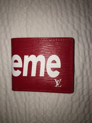 Supreme x Louis Vuitton Wallet for Sale in New York, NY