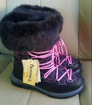 Boots NWT! Bearpaw for Sale in Orem, UT
