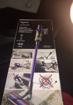 dyson v10 animal cyclone for Sale in San Antonio, TX