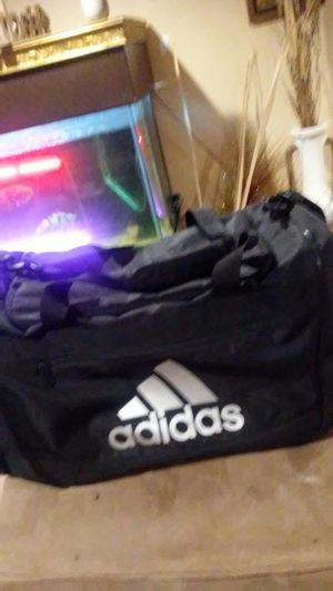 Brand new adidas duffle bag for Sale in Miami, FL