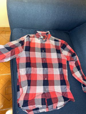 Perry Ellis size small for Sale in Kissimmee, FL
