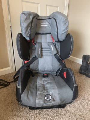 Car seat for Sale in Davenport, IA