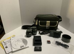 Nikon 1 S1 Bundle - with 2 Lenses, Camera Bag in Khaki Green, Hardly Used for Sale in Dallas, TX