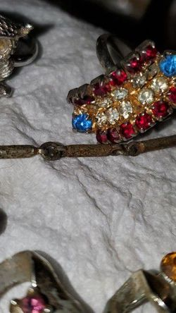 Vintage Costume Jewelry. 1940 'S Thru 1970's. Make Offer Per Piece. for Sale in Paisley,  FL