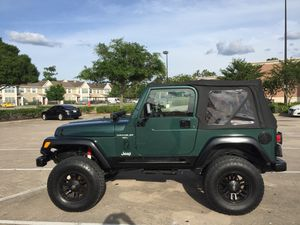 Jeep Wrangler 2001 TJ 6 cilender 84,000 miles for Sale in Houston, TX