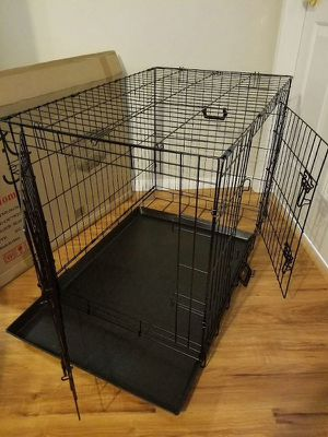 New in box 36x23x25 inches tall 2 doors foldable dog cage crate kennel 70 lbs capacity jaula de perro for Sale in Whittier, CA