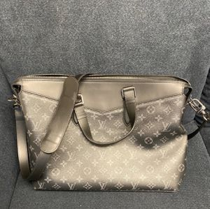 Louis Vuitton Odyssey Briefcase for Sale in Beverly Hills, CA