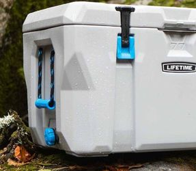 High Performance Hunting And Camping Cooler for Sale in Everett,  WA