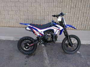 BRAND NEW Coolster M125 dirt bike for Sale in Chandler, AZ