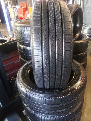 205 /55 /16 Michelin Defender $200.00 CASH for Sale in CRYSTAL CITY, CA