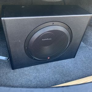 12 Inch Rockford Sub & Amp for Sale in Wilmington, DE