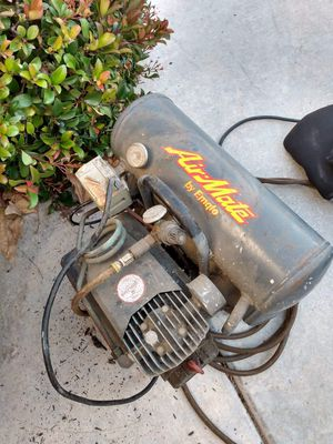 Used Airmate by Emglo Air Compressor. In working condition for Sale in Chula Vista, CA