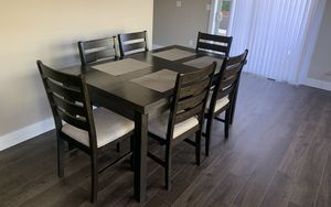 Kitchen table and chairs for 6 people for Sale in Troutdale, OR