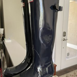Navy blue Hunter Boots Size 8 for Sale in Lakeland, FL