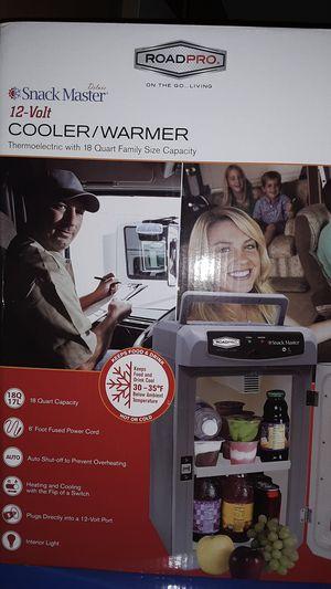 12 volt cooler/warmer for Sale in Lawrenceburg, TN