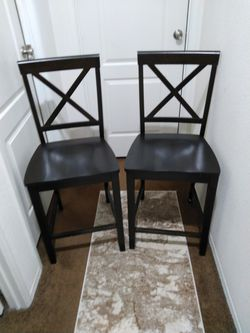 Set Of 2 Wooden Dining Chairs for Sale in Riverside,  CA