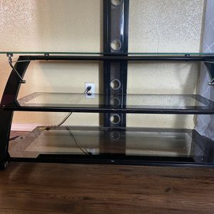 60 Inch Tv Stand for Sale in Clackamas, OR