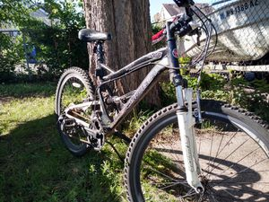 Schwinn mountain bike Dual Shocks ! for Sale in Maplewood, MN