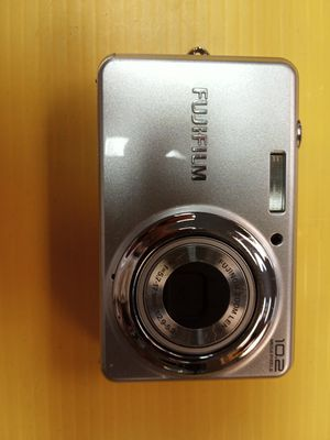 Fujifilm finepix digital camera with case and charger cord for Sale in Chesapeake, VA