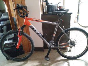 Trek 4300 bicycle for Sale in Richardson, TX