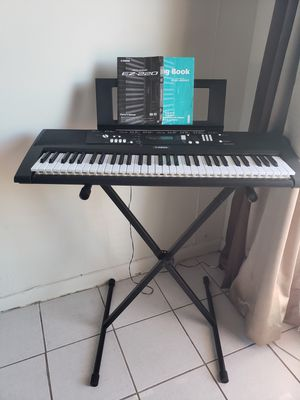 Musical Keyboards,Keyboard,Electronic Musical Instruments for Sale in Miami, FL