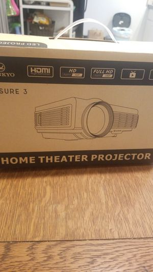 Vanjyo home theater projector BRAND NEW for Sale in Tacoma, WA