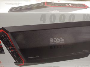 BOSS elite 4000 watts class D monoblock power amplifier 1 ohm built in crossover 40a fuse ×3 remote sub control ( brand new ) for Sale in Bell Gardens, CA