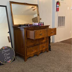 Dresser for Sale in San Angelo,  TX