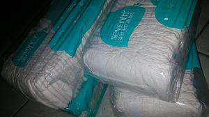 *Limited Offer * 4 36 pack or newborn diapers cheap for Sale in Fresno, CA