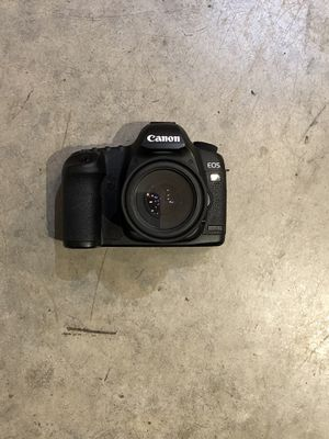 Canon 5D Mark II w/ Battery Charger for Sale in Portland, OR