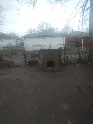 Big dog house tuff log lasting for Sale in Hamtramck, MI