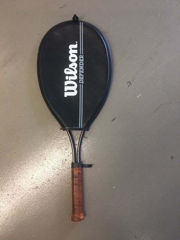 Wilson Defender Tennis Racket