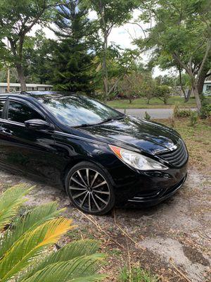Hyundai sonata 2011 for Sale in Orlando, FL