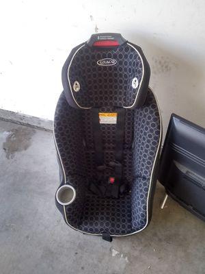 Car seat 4 sale for Sale in Albuquerque, NM