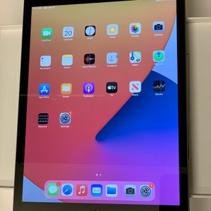 Apple iPad 8 Gen for Sale in Pittsburgh, PA